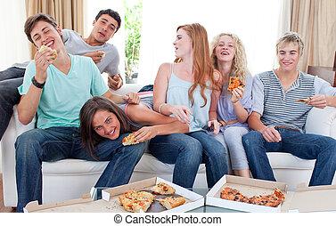 מתבגרים, לאכול פיצה, בית