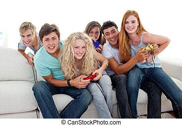 מתבגרים, משחקי וידאו, בית, לשחק
