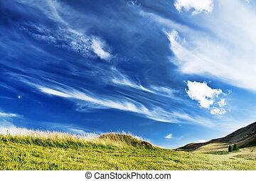 נוף., שמיים דרמטיים, מלכותי, איזורי כפר, גבעה