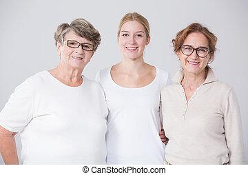 סבתא, עם, ילדה, ו, נכד