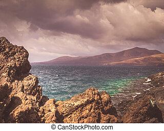 סוער, עננים, מעל, ה, קו חוף