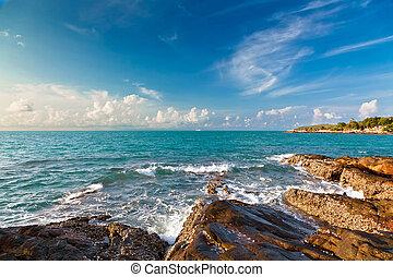 סיאם, עלית שמש, מפרץ