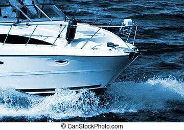 סירת מנוע