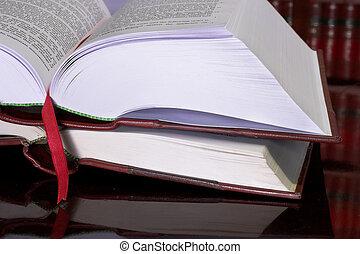 ספרים, חוקי, #10