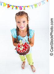עוגה, ילדה, יום הולדת