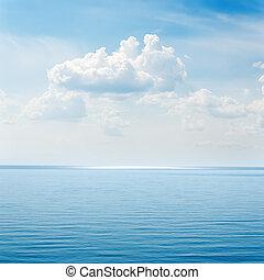 עננים, מעל, כחול, ים