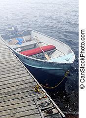 ערפל, סירה