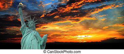 פסל של דרור, ב, שקיעה, פנורמה, ניו יורק