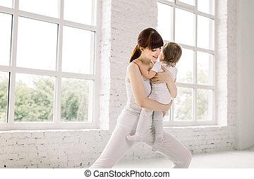 צעיר, יוגה, שלה, אמא, פיסי, תרגילים, התעמלות, ביחד, תינוק, כושר גופני, baby.