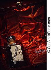 קופסה, עשה, armagnac, תולענה, עשיר, בקבוק