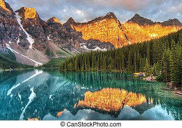 קנדה, אגם של סחופת הקרחון