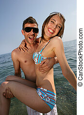 קשר, בחוף
