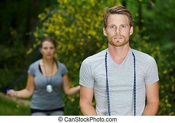 קשר בחוץ, ביחד, התאמן, סגנון חיים, בריא, צעיר