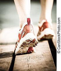 רגלים, ריצה באיטיות של בן האדם