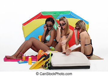 שלוש ילדות, בחוף
