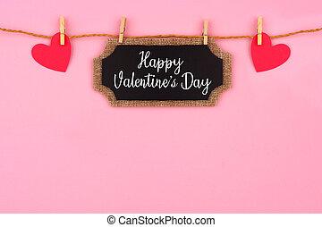 שמח, יום של ולנטיינים, לוח לגיר, פתק של מתנה, ו, לבבות, לתלות, מ, קו, הציין, גבול, נגד, רקע ורוד