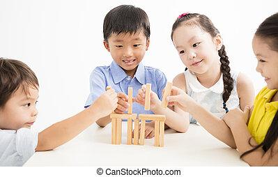 שמח, שחק מיכשולים, לשחק, ילדים