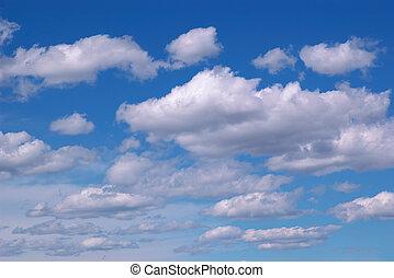 שמיים כחולים, עננים