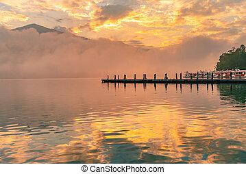 שמש, אגם, בוקר, טייוואן, ירח