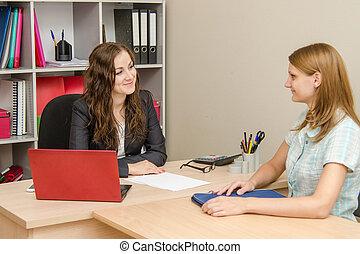 שני, ילדות צעירות, ב, המשרד, באדיבות, הסתכל בכל אחד אחר