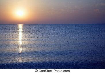 שקיעה, ים