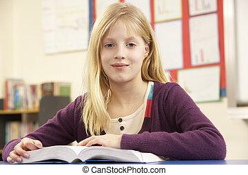תלמידה, ללמוד, כיתה