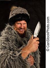 あごひげを生やしている, ナイフ, ハンター, 服を着せられる, マント, 帽子, 毛皮