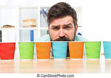 あごひげを生やしている, one., 1(人・つ), ペーパー, 選択, 行きなさい, 選択肢, カップ, recycling., alternatives., カラフルである, concept., につき, いかに, 選びなさい, たくさん, コーヒー, 多様性, cups., cup., eco, 日, 人, 多数, 一突き