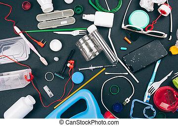 ありなさい, 新しい, 上, 緑, 暗い 青, plastic., 減らしなさい, ビュー。, オレンジ, single-use, 無駄, directive., 汚染, concept., 無駄, バックグラウンド。, free., eu, プラスチック, 規則, 屑
