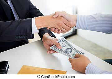 ∥あるいは∥, 政治家, 交換, お金, 取得, 賄賂, 取引しなさい, スーツ, 手, ビジネスマン, concept., 動揺, 汚職