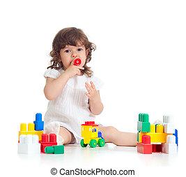 おもちゃ, 創意に富む, 上に, 白, 建設, 背景, セット, 女の子, 子供