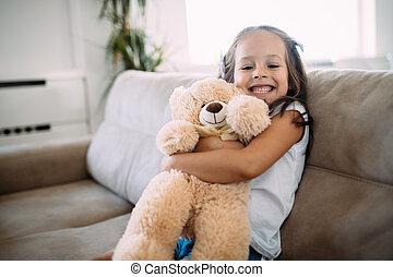 おもちゃ, 彼女, お気に入り, 若い 女の子, 遊び