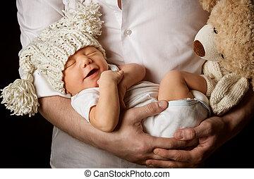 お父さん, 男の子, 古い, 幸せ, 父, 月, 父, 1(人・つ), 新生, 生まれる, 子供, 子供, 新しい, 睡眠, 手, 赤ん坊, 包含