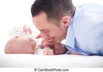 お父さん, 赤ん坊