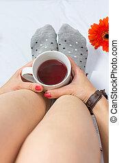 お茶, 女性の保有物, ベッド, カップ