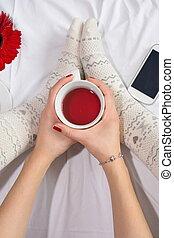 お茶, 女, 持つこと, ベッド, カップ