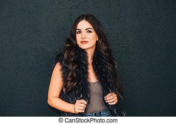 かなり, 女性の 肖像画, 明るい, 黒, 若い, 構造, 毛, 長い間, 美しさ