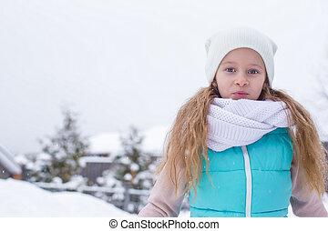 かわいい, わずかしか, 冬, 暖かい, 屋外で, 肖像画, 女の子, 日