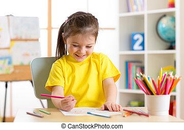 かわいい, わずかしか, 鉛筆, 色, 図画, 幼稚園児, スタジオ, 子供, 家, 女の子, ∥あるいは∥