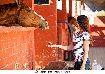 かわいい 女, 供給, 彼女, 馬