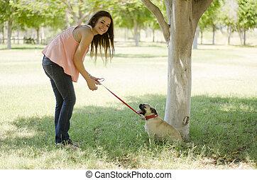 かわいい, 彼女, 犬, 楽しみ, 女の子, 持つこと