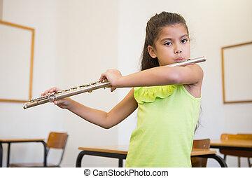 かわいい, 生徒, フルートを吹く