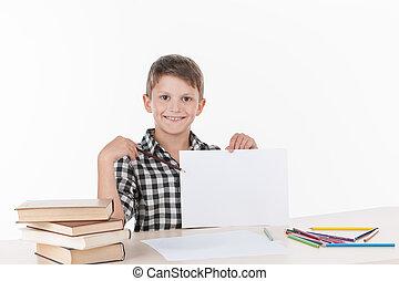 かわいい, 男の子のモデル, テーブル, そして, writing., ハンサム, わずかしか, 男生徒, 提示, 白板