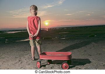かわいい, 男の子, 遊び, ∥で∥, 浜のおもちゃ, 上に, 浜, sunset.