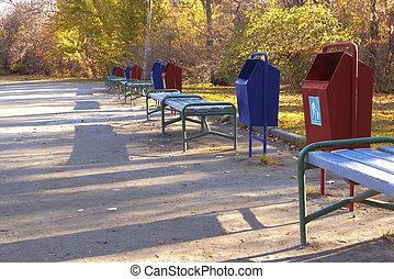ごみ, 容器, 中に, 秋, 公園, |, hdr
