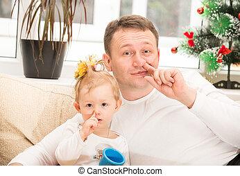 それ, 赤ん坊, 女の子, 抱き合う, 子供, 隔離された, 概念, 白, 父, 盗品, 家族, 幸せ, 使用, 子育て, 鼻, ∥あるいは∥, 彼の, バックグラウンド。