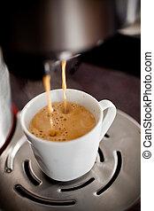 たたきつけるコーヒーノキ, カップ, エスプレッソ, 暑い, メーカー