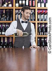 たたきつける, バーテンダー, ガラス, 白い男性, ワイン