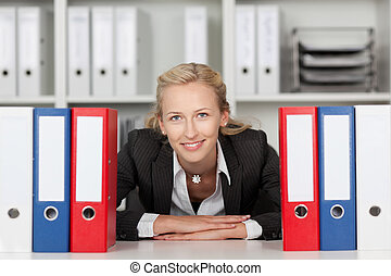 つなぎ, 女性実業家, の後ろ, 机, モデル