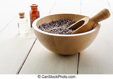 つぼみ, 含んでいること, びん, 木製のボール, ラベンダー, ガラス, 木, オイル, 草, テーブル, 板